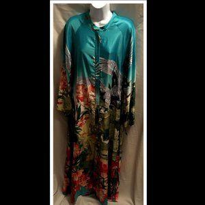 Size XL Natori Gown Robe Stunning NWT